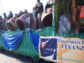 Carri folcloristici - FINCENTRO FINANCE S.P.A.